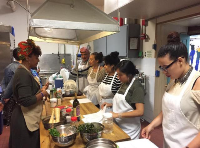 Ysanet_of_Woke_Foods_teaching_class.png