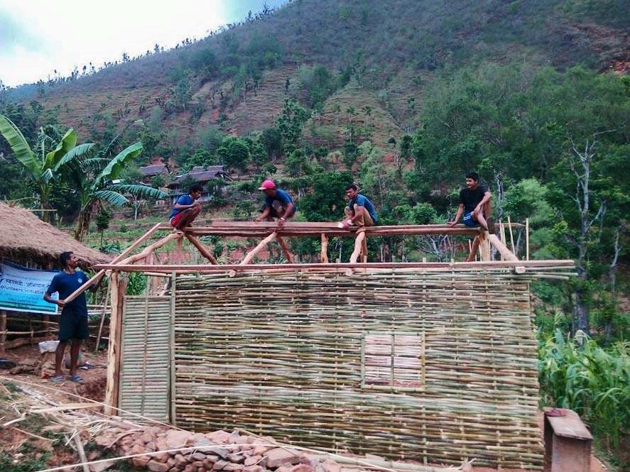 120A_OKh_construction_of_shelter_3.jpg