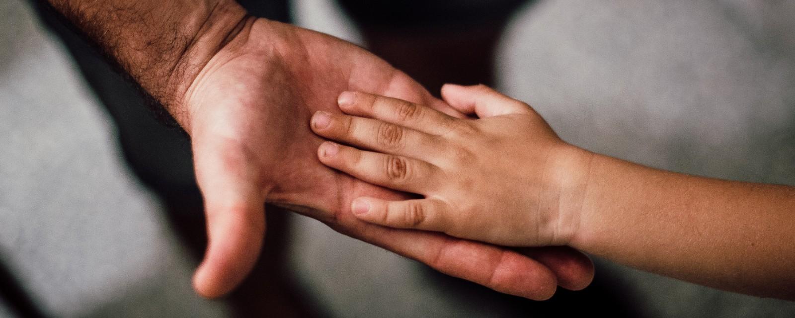 <h2>Samen tegen armoede</h2><div>Iedereen heeft recht op een menswaardig bestaan.</div>
