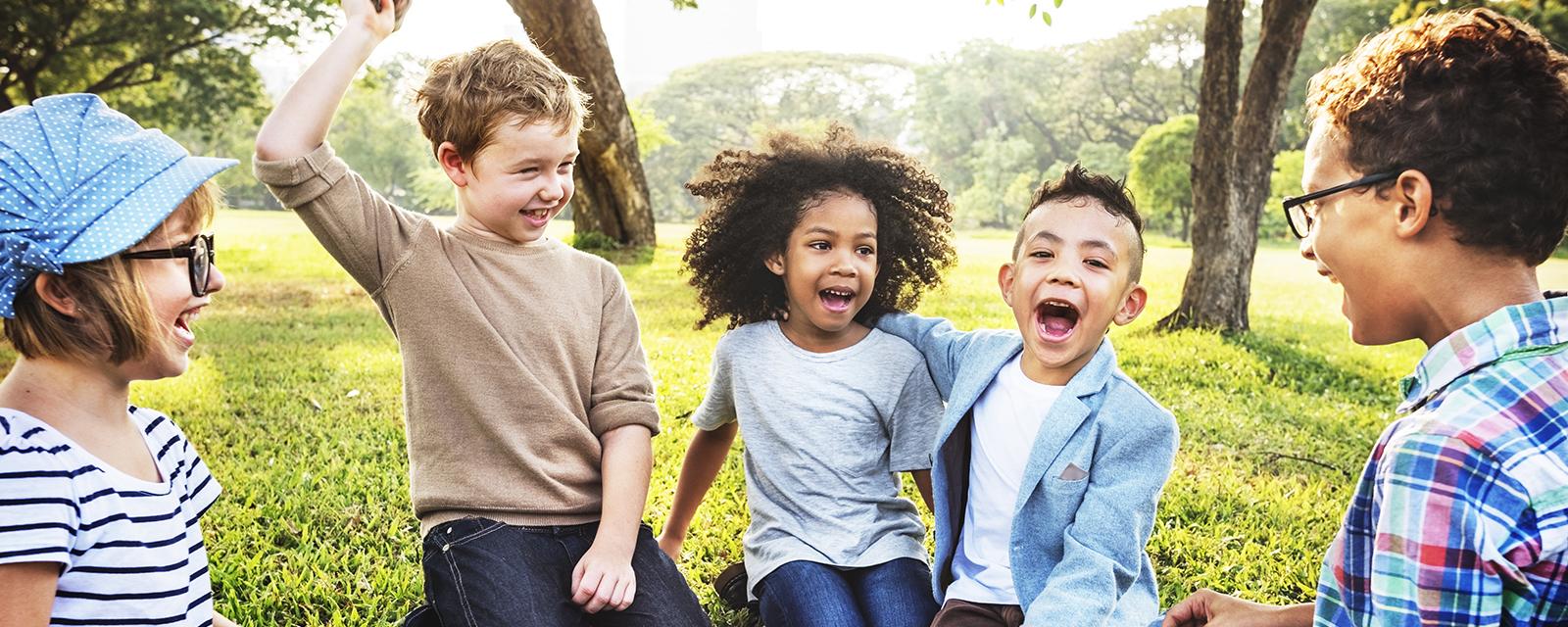 <h2>Sterke buurten en dorpskernen</h2><div>Meer speel- en ontmoetingsruimte, lokale handel, open scholen en veilige straten: we investeren volop in leefbaarheid, ook in de kleinere kernen Genebos en Genendijk.</div>