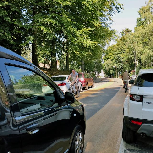 Kasteelstraat_fietsstraat_(1).png