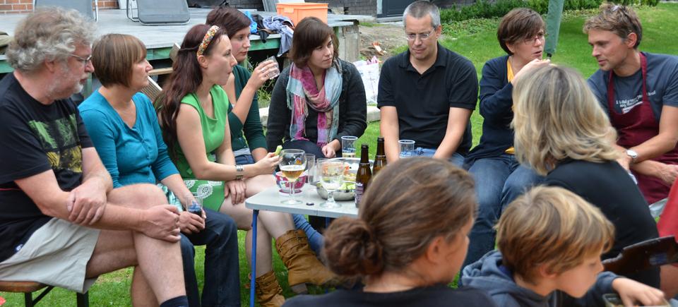 <h2>Samen leven</h2><div>Schoten is een gezellige gemeente waar we respectvol samenleven en waar we graag wonen, werken en ontspannen. Het dorpsgevoel heeft een aantrekkingskracht op jong en oud.</div>