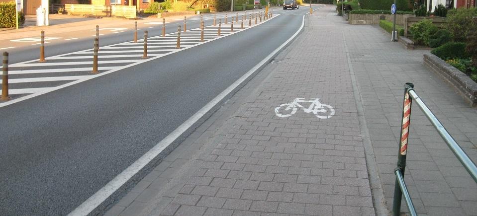 <h2>Ruimte voor fieters en voetgangers</h2><div>Fietsers en voetgangers moeten een centrale plaats krijgen in de drie dorpscentra. Dat kan op een slimme en snelle manier</div>