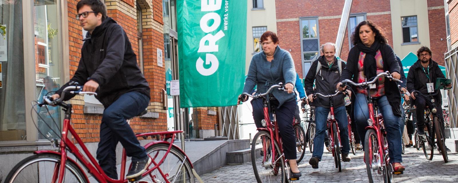 <h2> Een gemeente met veilige wegen voor iedereen.</h2><div>SamenGROEN kiest voor een duurzame en veilige mobiliteit voor Glabbeek. De levenskwaliteit van de omwonenden komt hierbij steeds op de eerste plaats.</div>