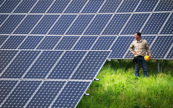 solarpanelsman.png