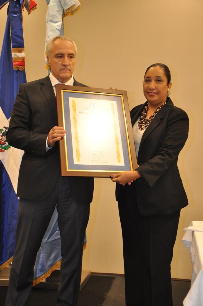 fao-designa-a-dominicana-guadalupe-valdez-como-embajadora-especial-hambre-cero_29343747535_o.jpg