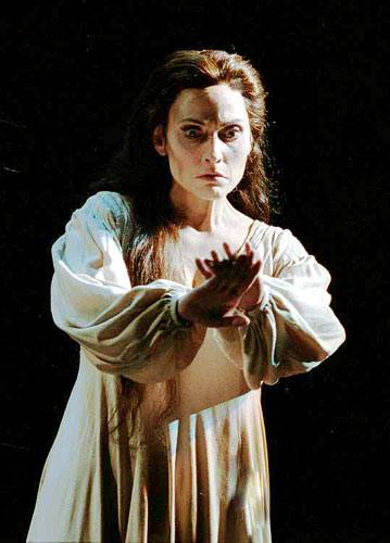 ROLE-OF-LADY-MACBETH.jpg
