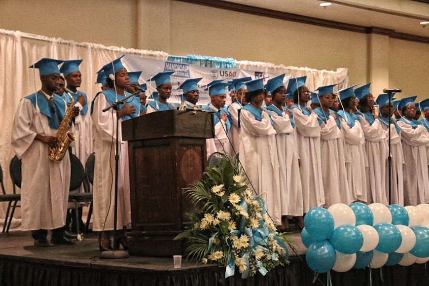 c_Handicap-International__72_graduates_in_Haiti_earn_their_diplomas_as_rehabilitation_technicians.jpg