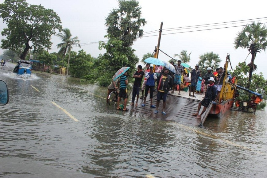 c_Handicap-International__Sri_Lanka_floods_January_2015.jpg