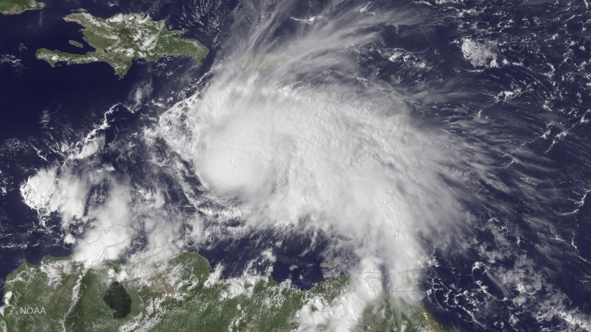 c_NOAA__Satellite_image_of_Hurricane_Matthew.JPEG