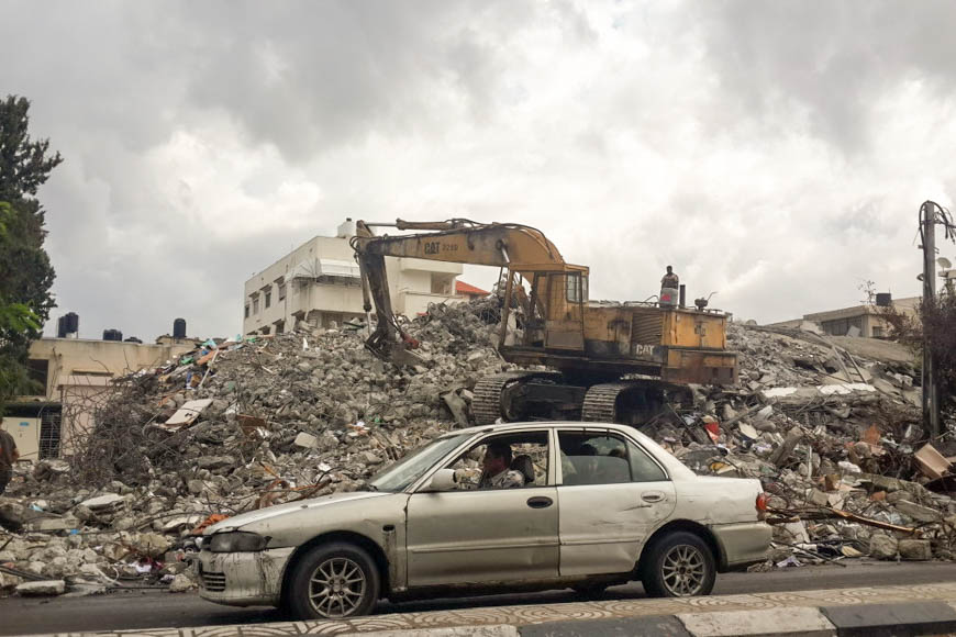 c_Nick-Boedicker_Handicap-International_Gaza_rubble.jpg