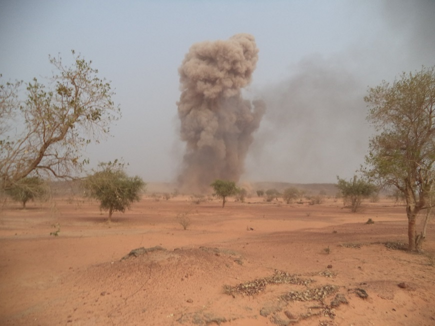 controlled weapons detonation in Niger