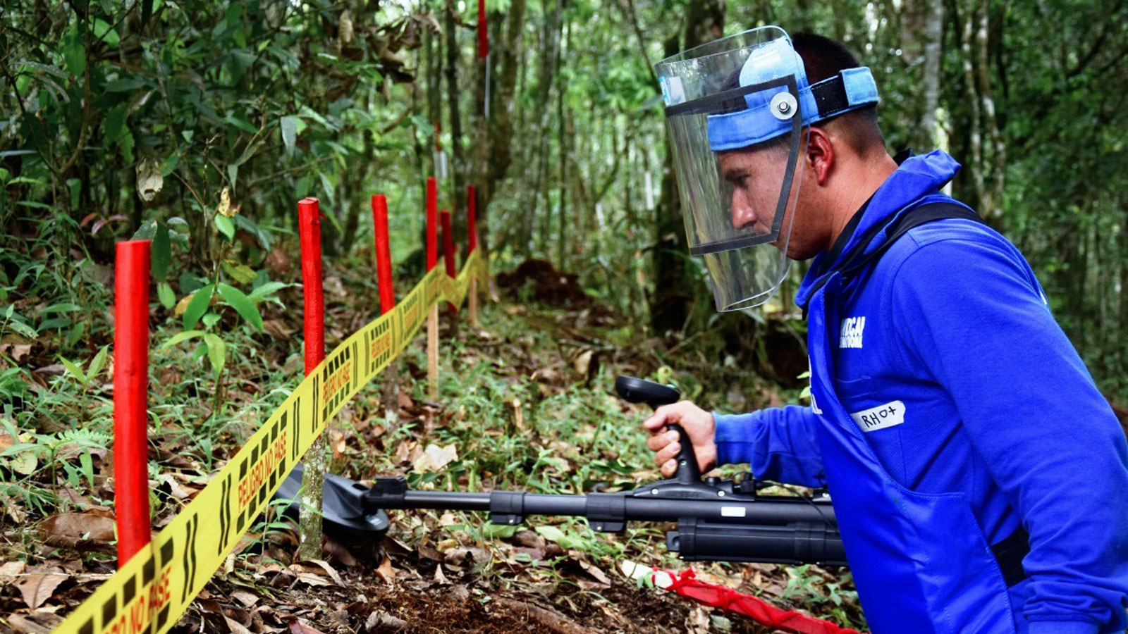 demining in Colombia