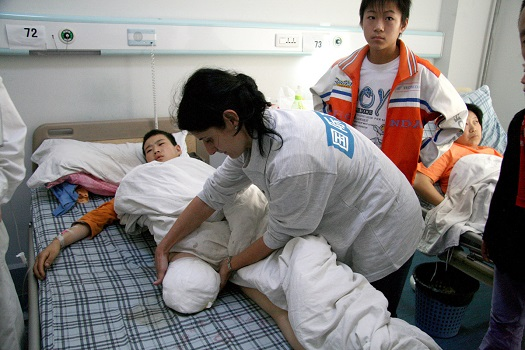 c_J-Van-Wetter_Handicap-International_CHINA_earthquake.jpg