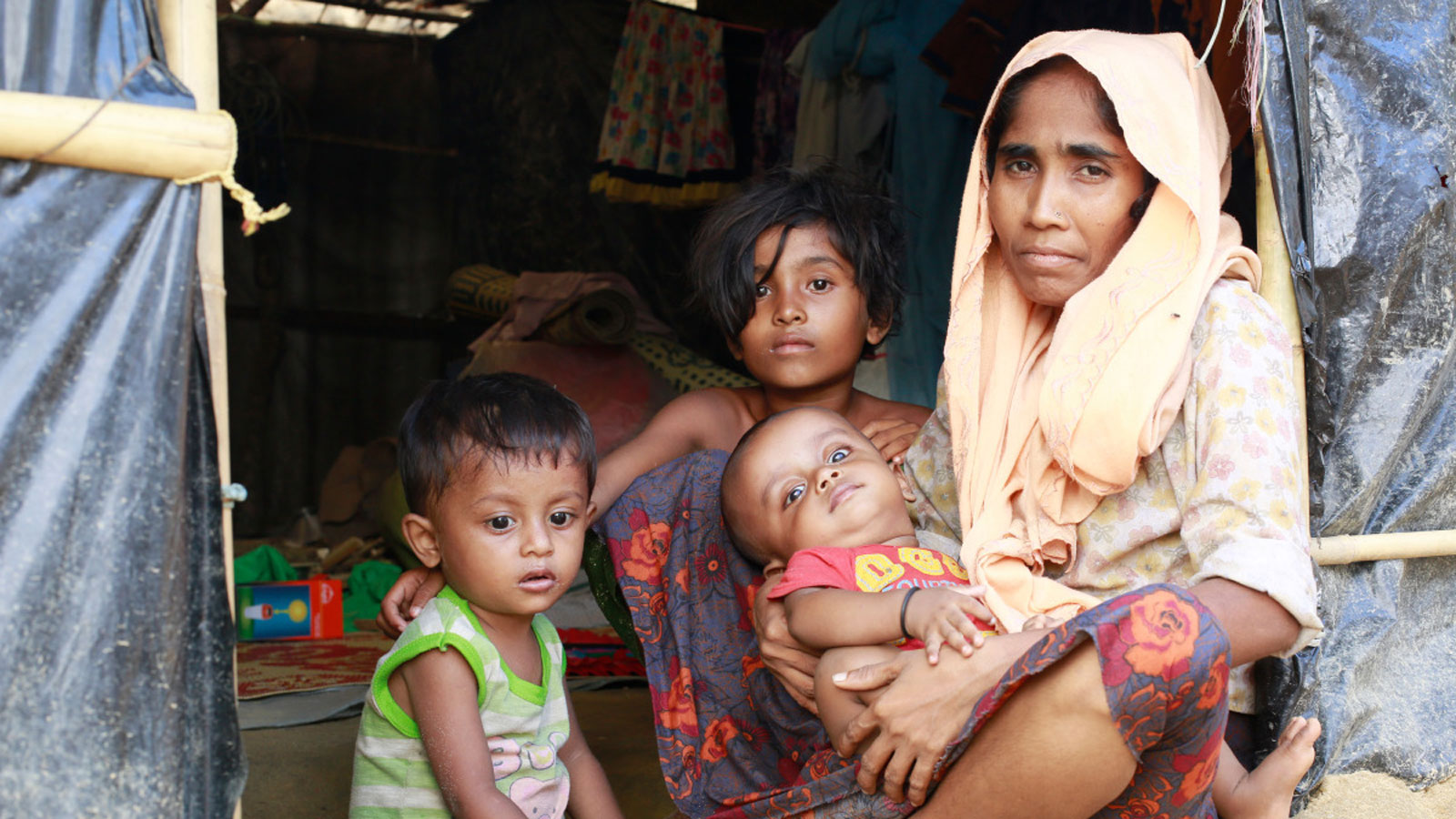 "Situation update | ""Rohingya refugees live in inhumane conditions"""