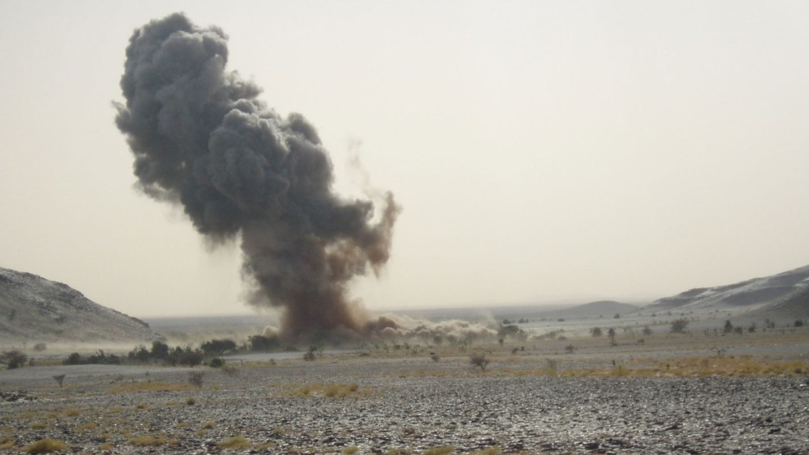 cloud-of-smoke-from-explosion-in-Mauritania