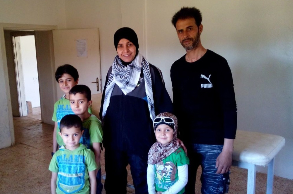 c_Handicap-International__Um_Nabeel_and_her_family_in_south_Syria.jpg