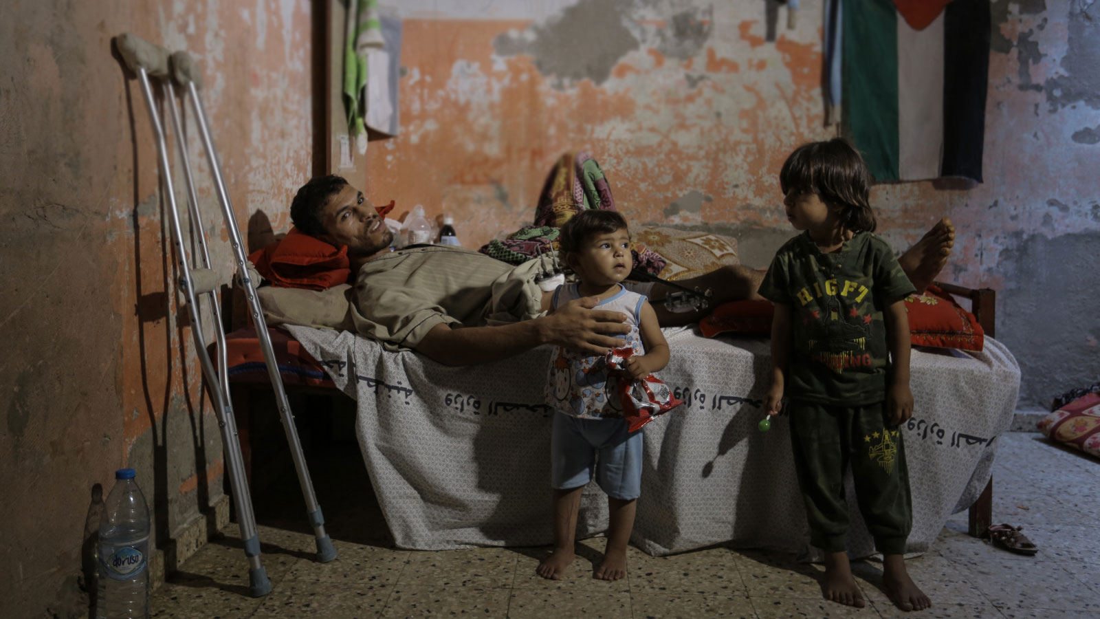 Mohammed with his children in Gaza in June 2018