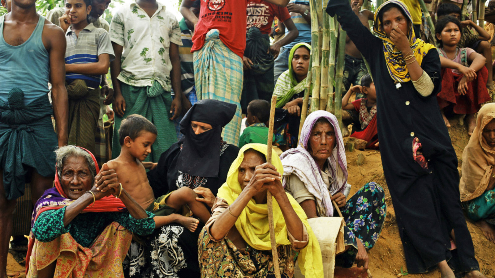 c_MA-Islam_HI__Rohingya-women-wait-for-humanitarian-aid-at-a-refugee-camp-in-Bangladesh-where-HI-provides-support-to-vulnerable-individuals-and-people-with-disabilities.jpg