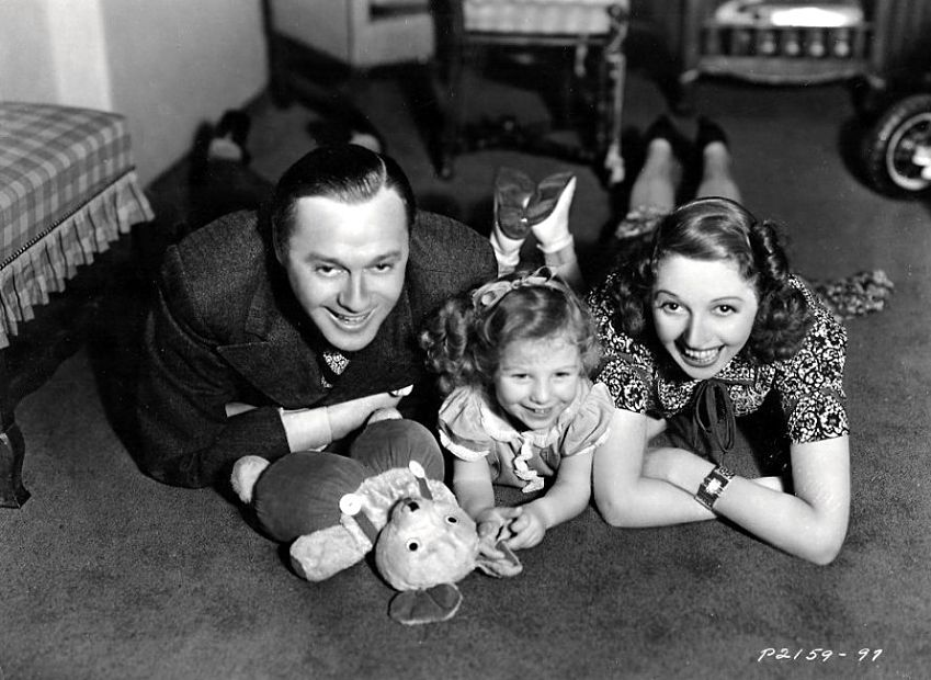 Jack_Benny_and_Family.jpg