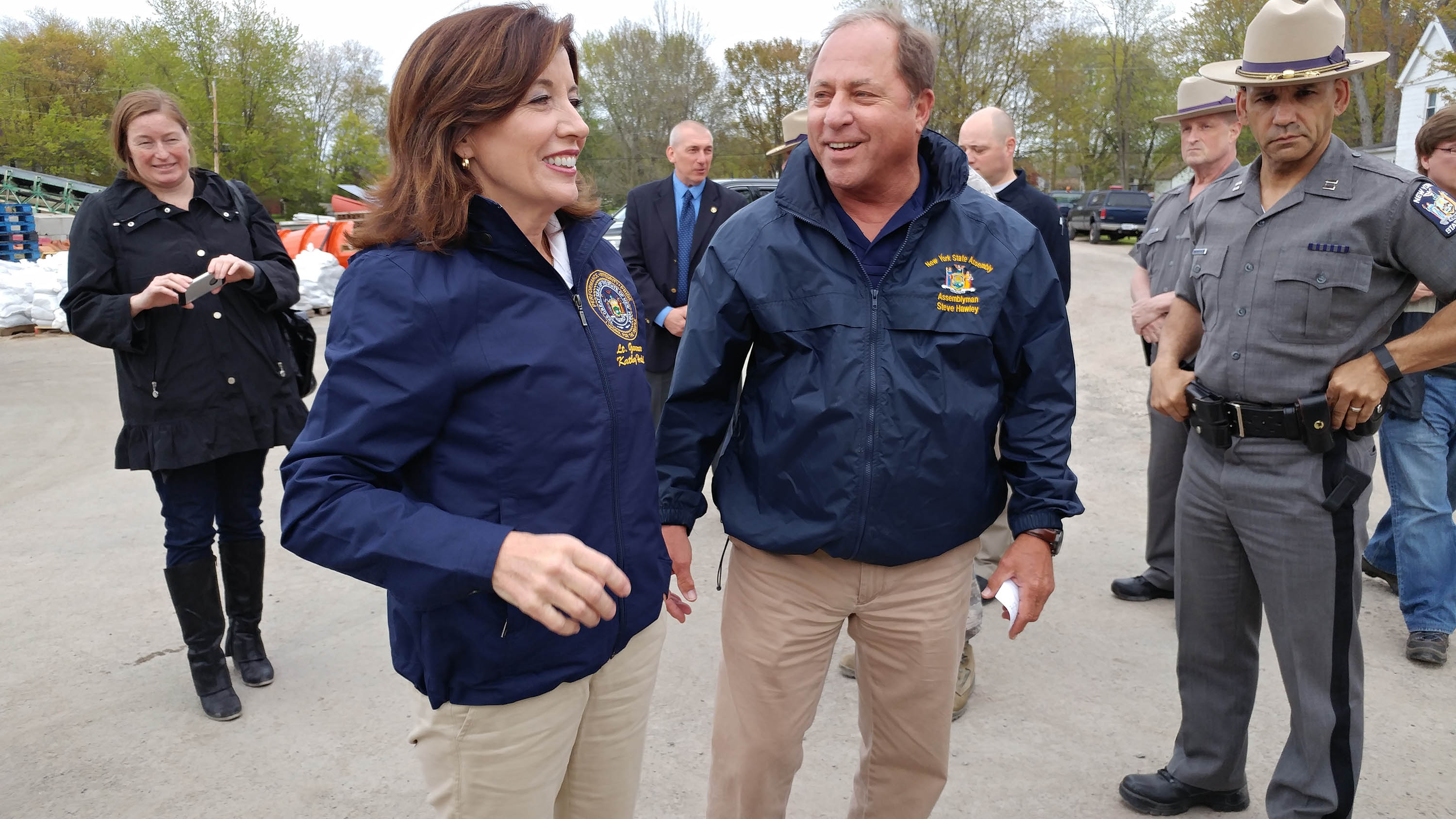 Hawley_with_Hochul.jpg