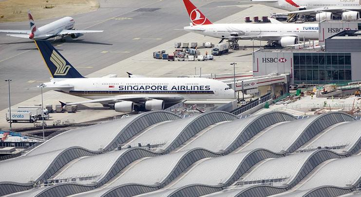 how to make airports better for customers
