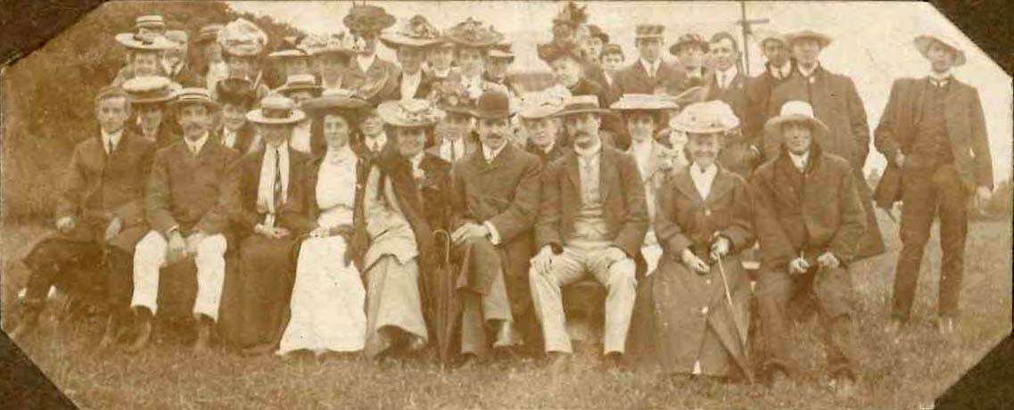 Group at 1914 BAAS meeting, University of Melbourne