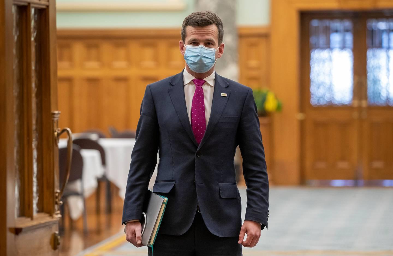 Seymour masked