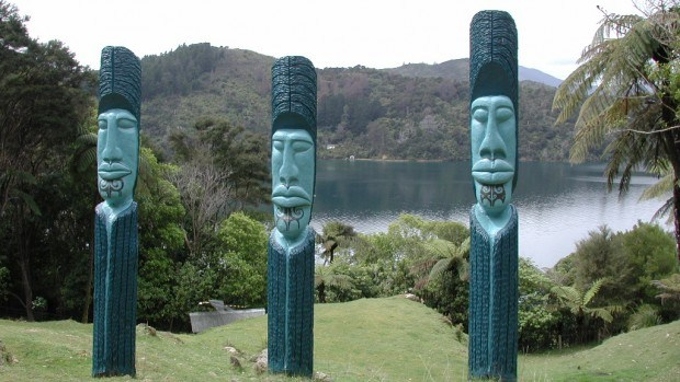 Iwi clauses opposed