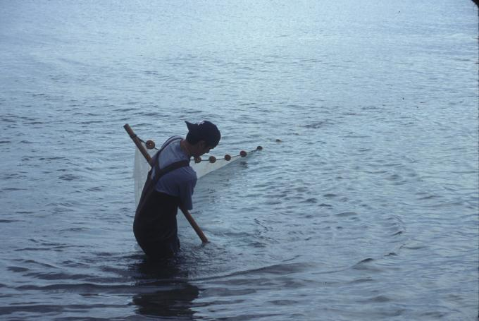 z_ojibwe_fishing.jpg