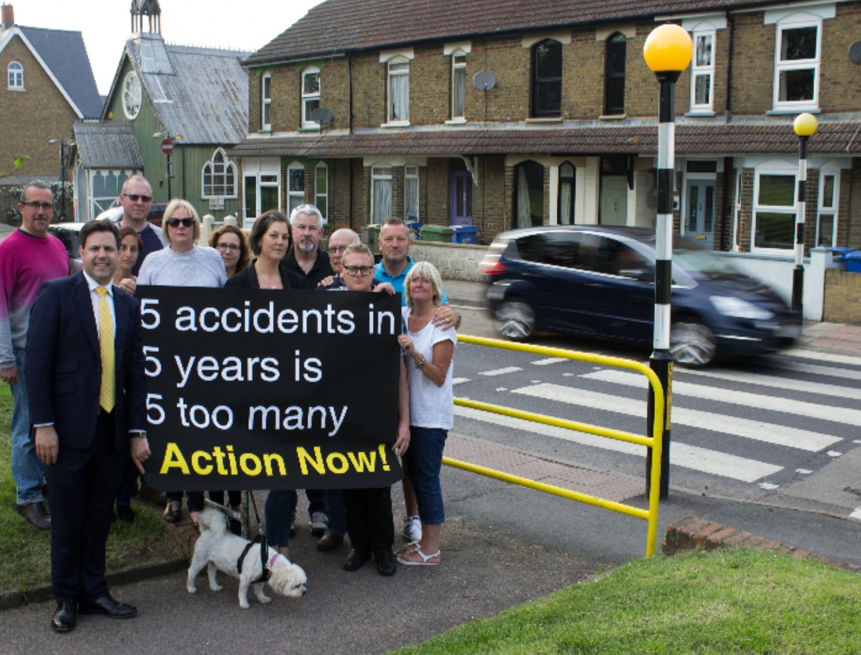 Whitstable_Road_Faversham_Crossing.jpg