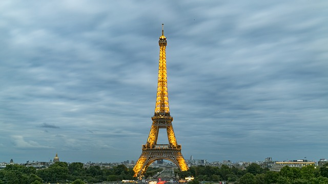 eiffel-tower-927634_640.jpg