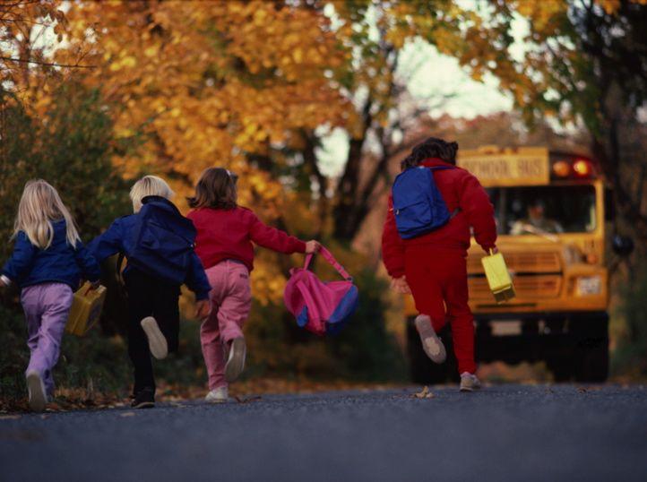 kids_chasing_schoolbus.jpg