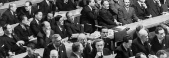 FN ber om avskaffelse av atomvåpen