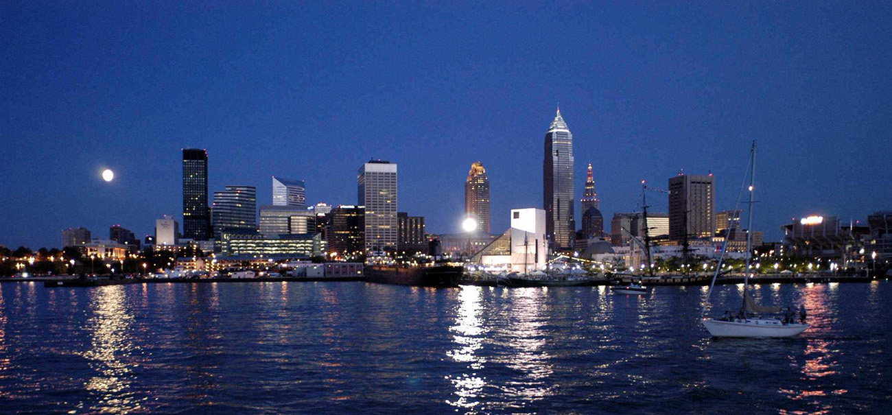 Cleveland_Skyline_From_Lake_Erie1.jpg