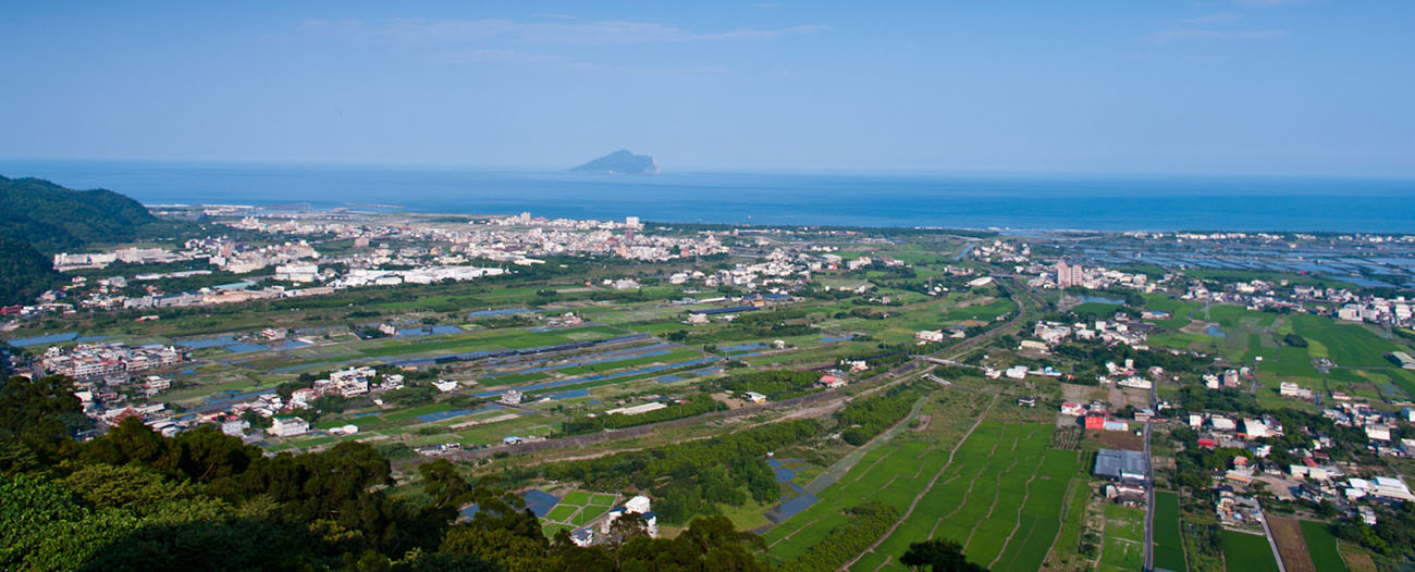 Yilan_Plain_2011-05-11_Crop.jpg