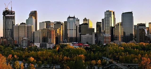 Calgary_panorama-2-cropped.jpg