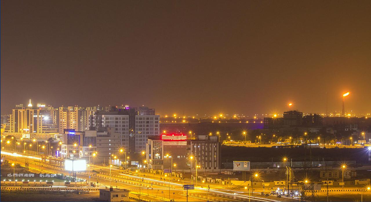 University_Road_Surat.jpg