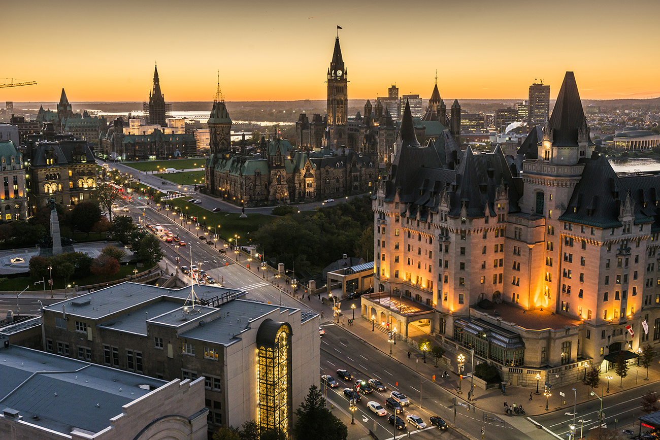 panoramic-view-of-downtown-ottawa-with-parliament-hill_016-credit-ottawa-tourism.jpg