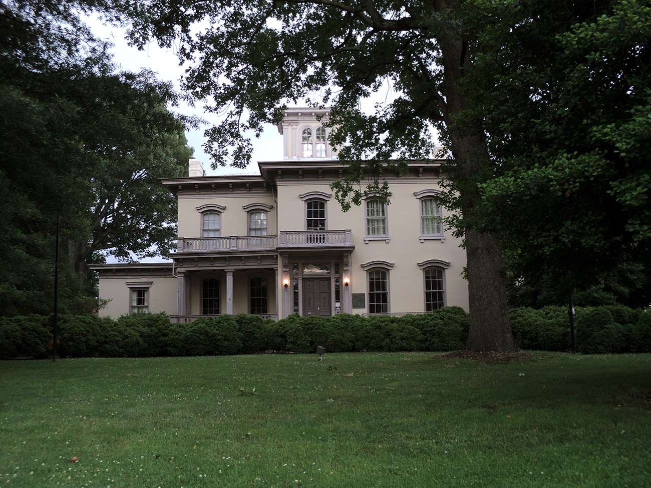 William_T_Sutherlin_Mansion_Danville_Virginia.JPG