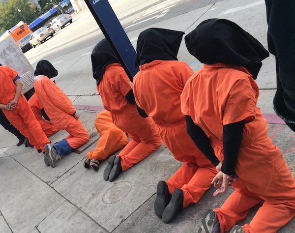 Guantanamo prisoners tableau