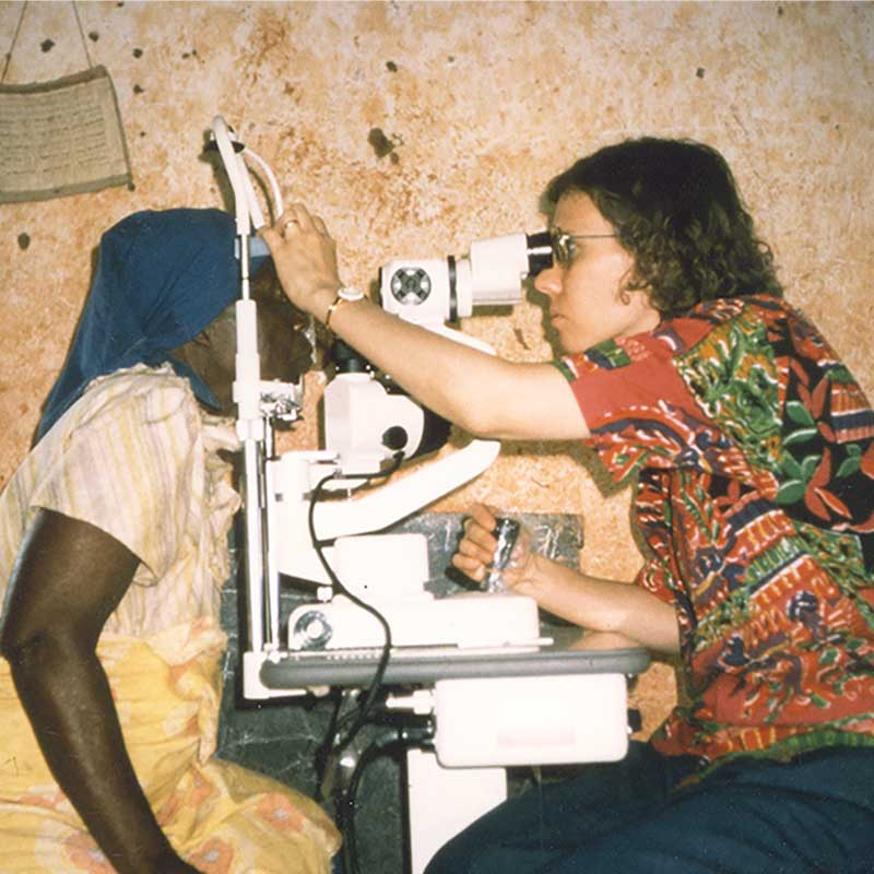 Dr-Susan-Lewallen-in-Chikwawa-Malawi-in-the-early-nineties