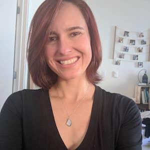 Nicole Avshalomov