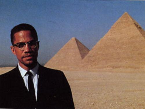 Malcolm_Pyramids.jpg