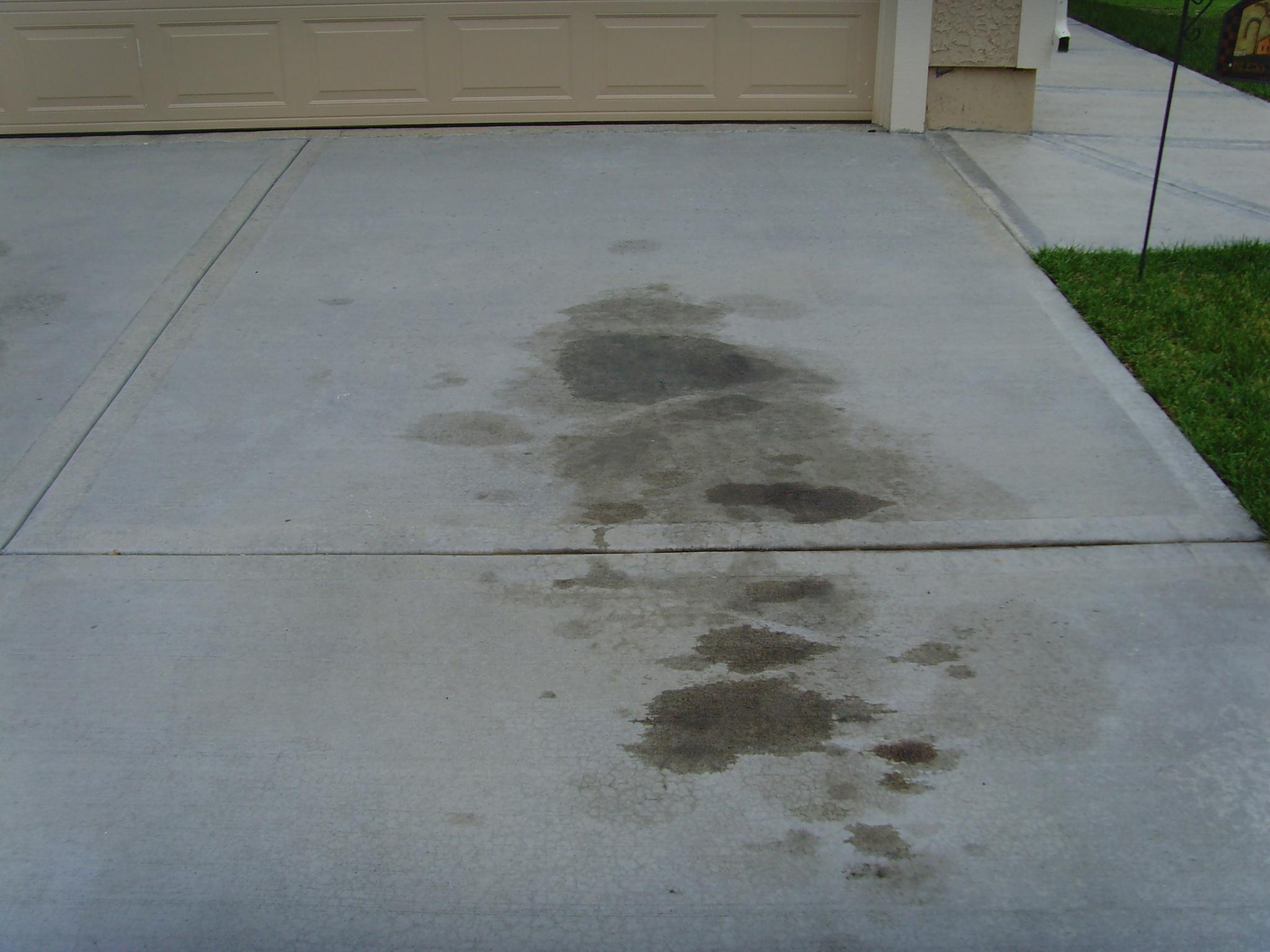Driveway-oil-stain-www-sealgreen-com.jpg