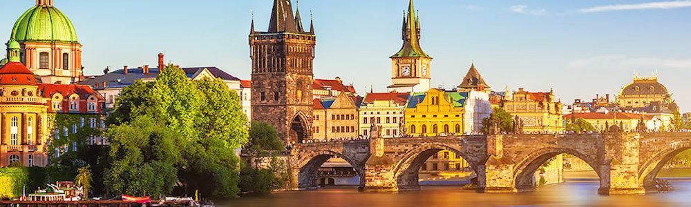 Past_Prague.jpg
