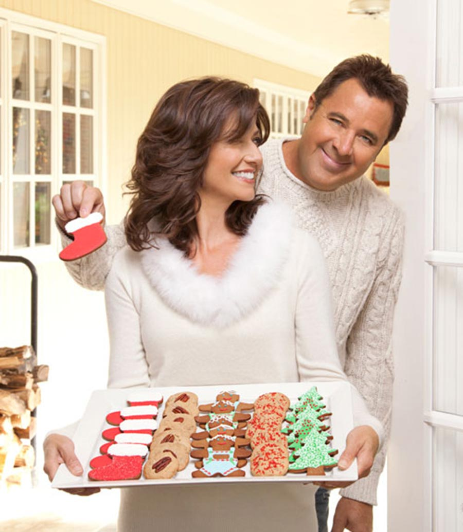vince gill and amy grant share what christmas means to them - Amy Grant Home For Christmas
