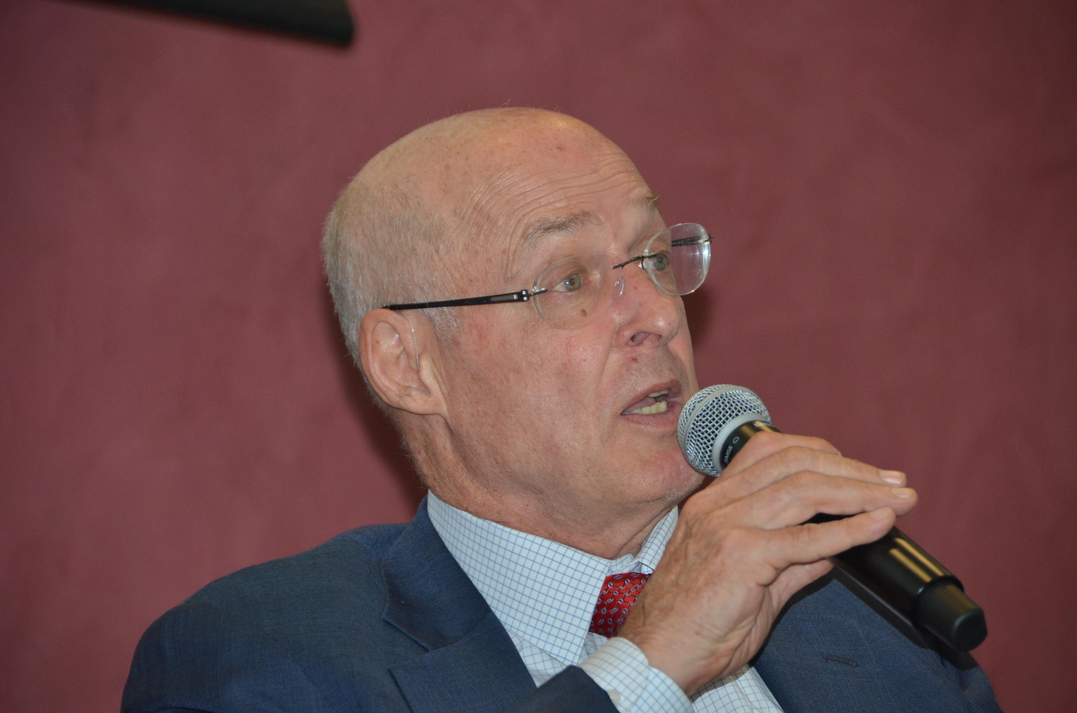 Paulson-IEN-LUC-Forum.jpg