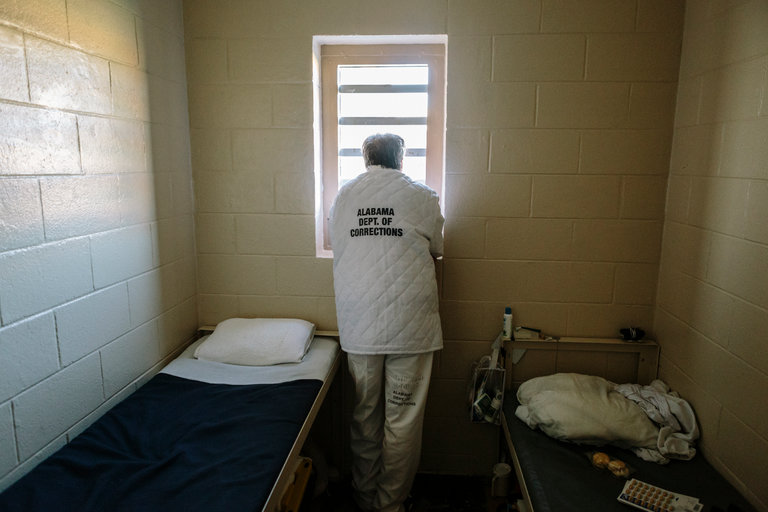 Prison_Cell_NY_Times_8-18-2017-Howard.jpg