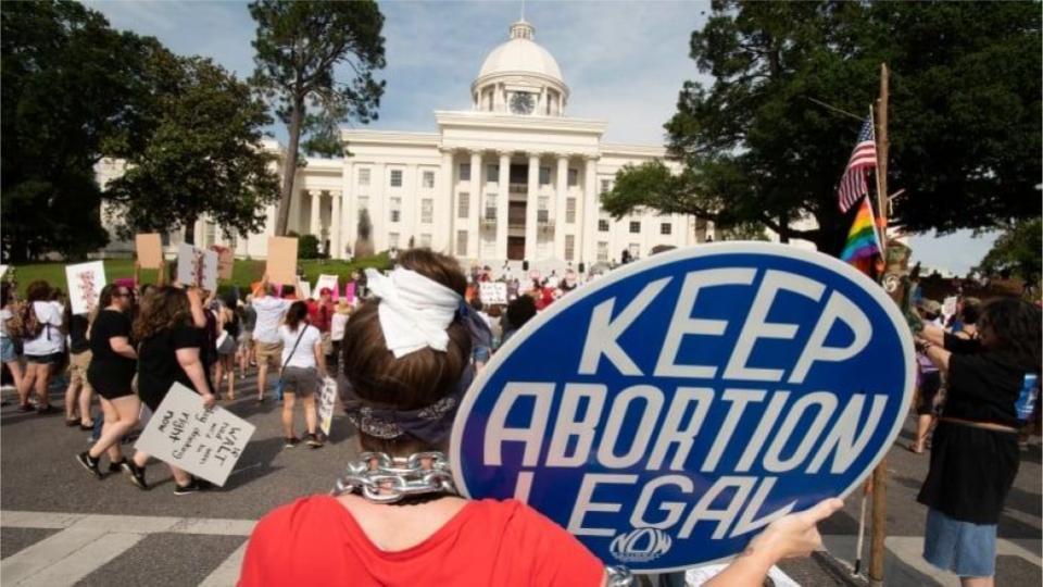 visuel_usa-abortion-alabama.jpg